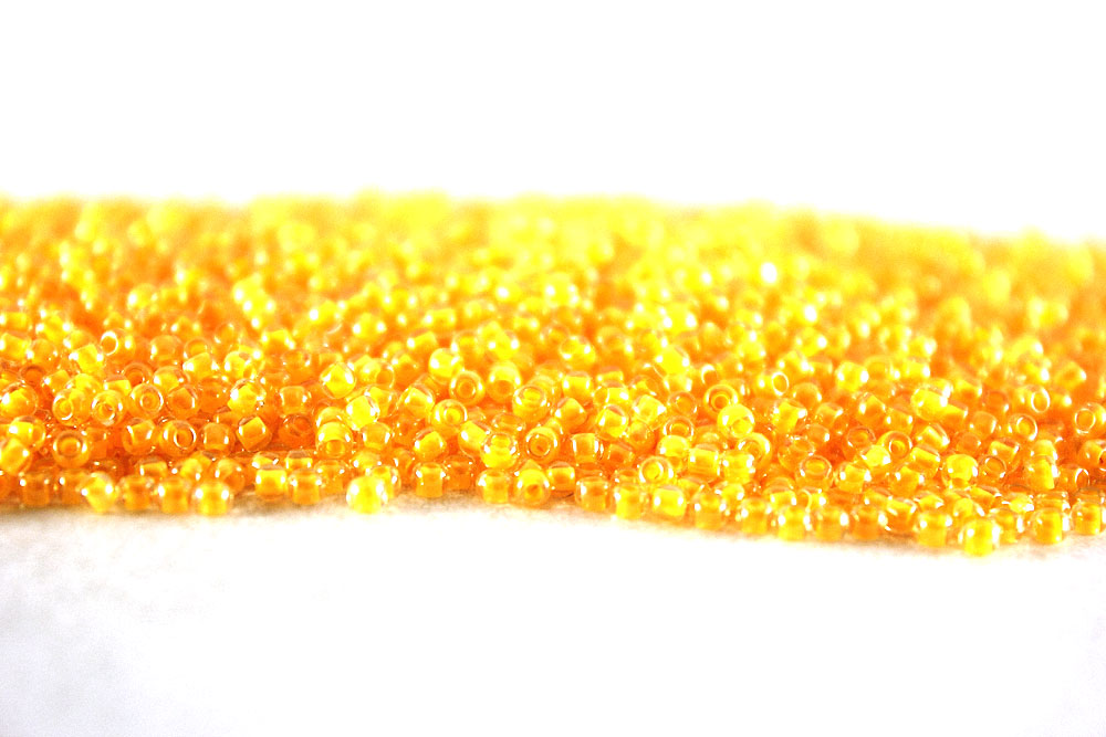 Бисер TOHO 11 0 0801 св.оранжевый  неоновый купить в интернет ... ac8af3afafe1a
